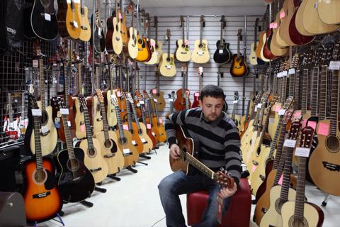 Где и как лучше покупать музыкальные инструменты?