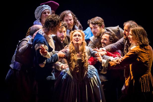 В Лондоне показали спектакль по фильму «Влюбленный Шекспир»
