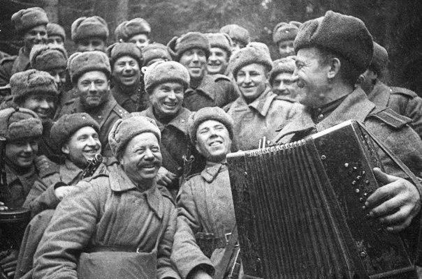 военные песни слушать на яндекс